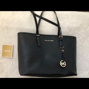 Black Michael Kors Tote Bag! Only used once